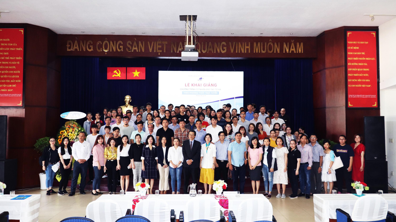 Lễ khai giảng khóa 04/2019 chương trình cử nhân trực tuyến